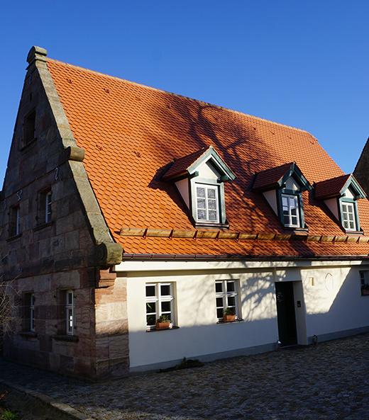 Das instand gesetzte Wohnstallhaus, nachher   Seitz Manufaktur in Weigendorf